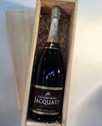 Champagne Jacquart - magnum in houten cadeaukist